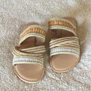 MAURICES BEADED SANDALS  SIZE 8M